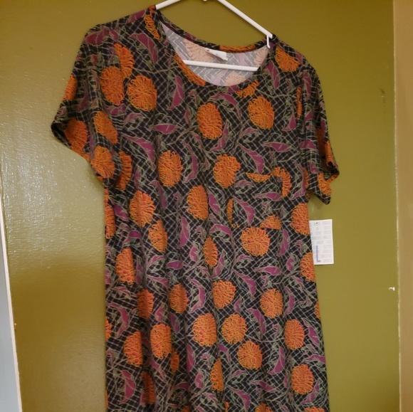 LuLaRoe Dresses & Skirts - Lularoe Carly XL
